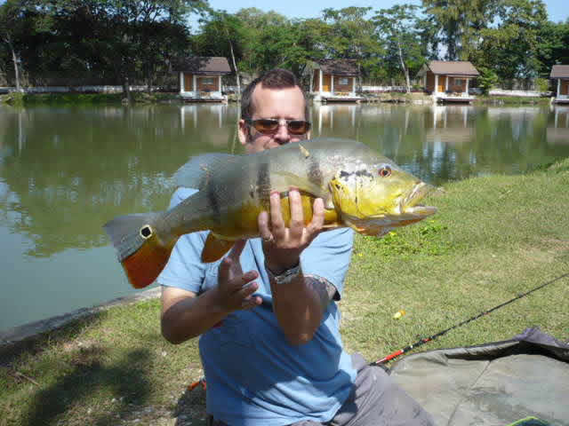 Dreamlake_Fishing_Thailand_0.454