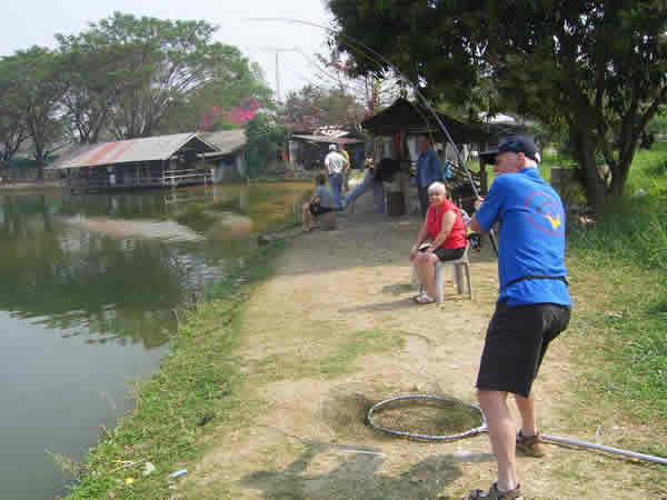 Dreamlake_Fishing_Thailand_sv100728