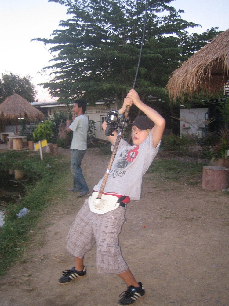 Giant_catfish_Fishing_Chiang_mai_Thailand_IMG_5534