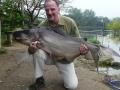 Giant_catfish_Fishing_Chiang_mai_Thailand_058